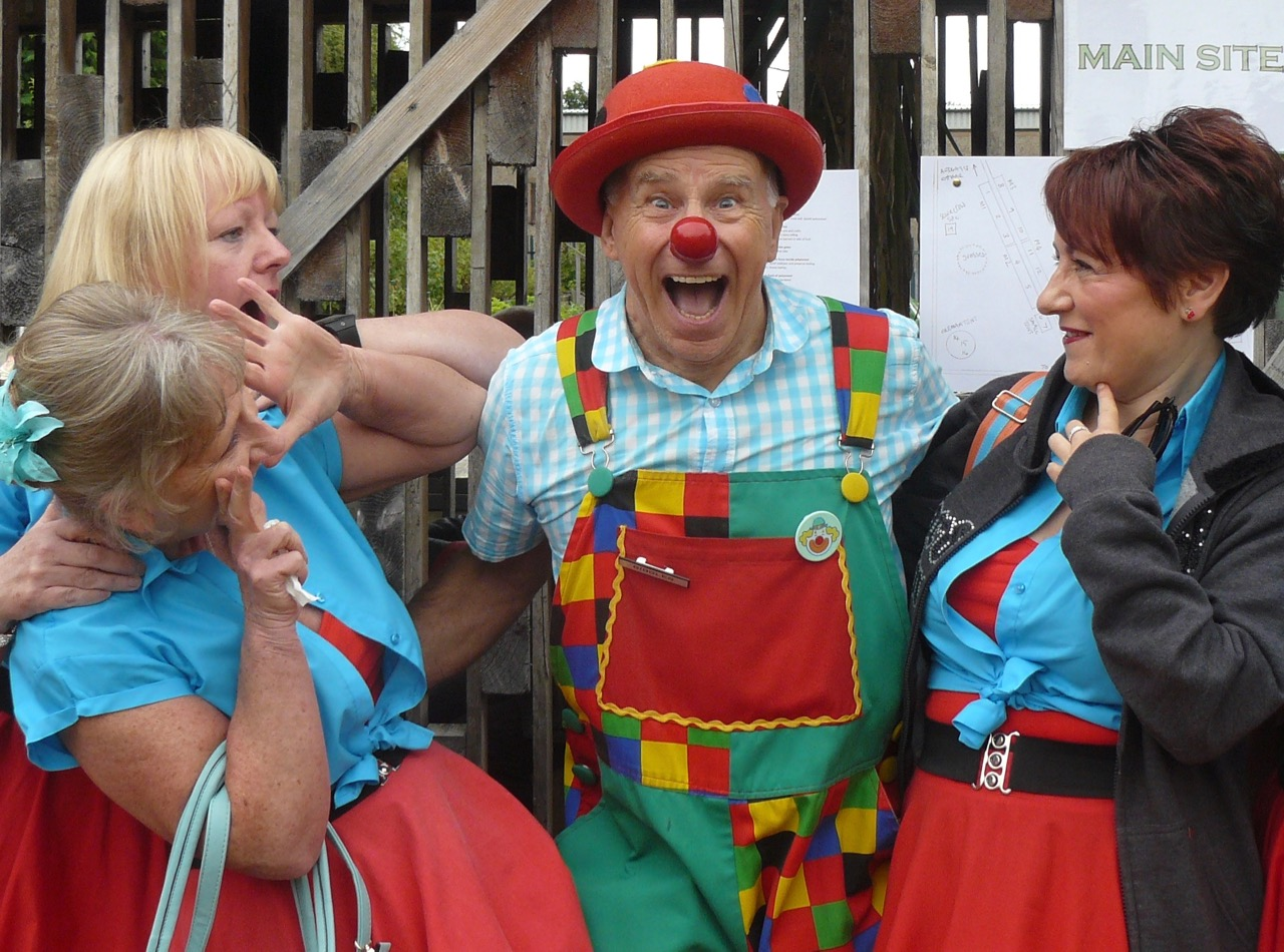 Mr Giggles with dancers from Jump'n'Jive